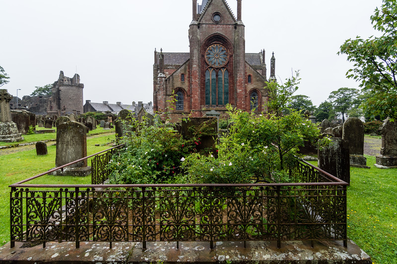 St. Magnus Cathedral, Kirkwall, Orkney, Scotland.