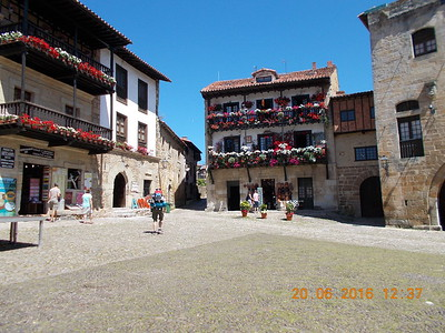 Plaza, Santillana del Mar