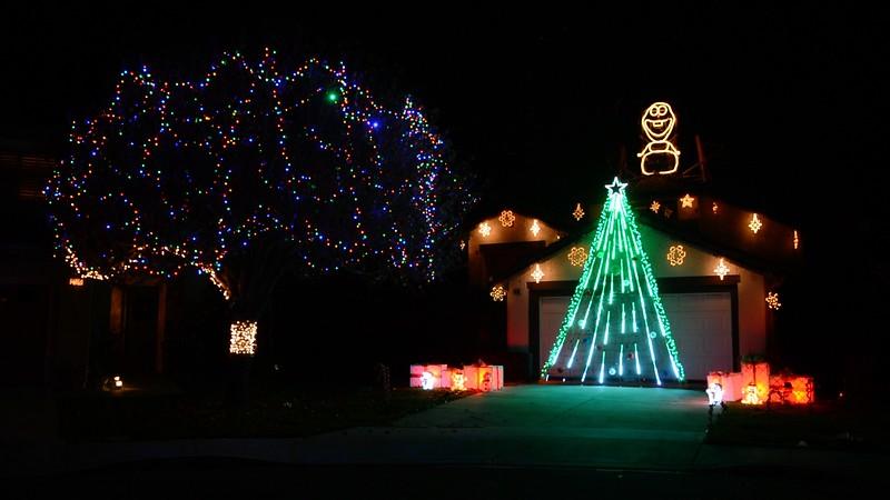 Holiday Lights 2016 - Rocking Around the Christmas Tree