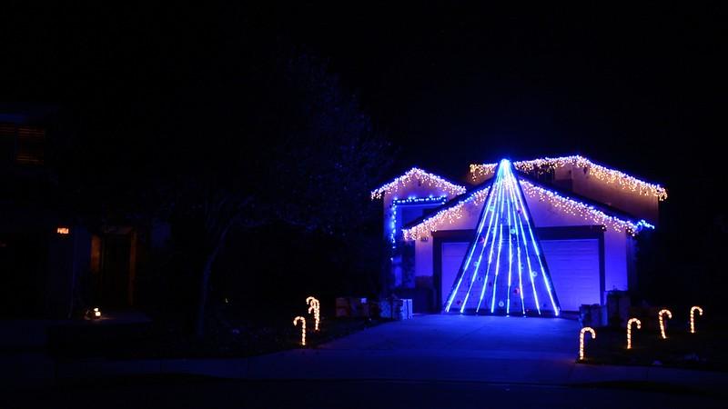 Holiday Lights 2016 - Intro