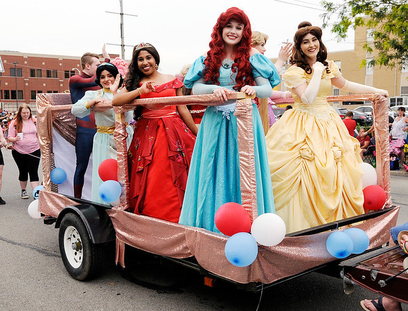 Don Knight | The Herald Bulletin<br /> Anderson Independence Parade on Wednesday.