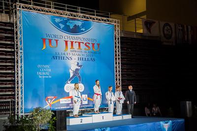 Podium plaats (1ste) Zsa Zsa Truyen, met Goud. Wereld Kampioene Jiu-Jitsu Athene 2015
