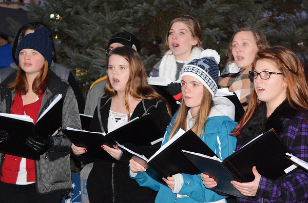 Debbie Blank | The Herald-Tribune The Batesville Singers, Batesville High School's show choir, provided seasonal melodies for spectators.