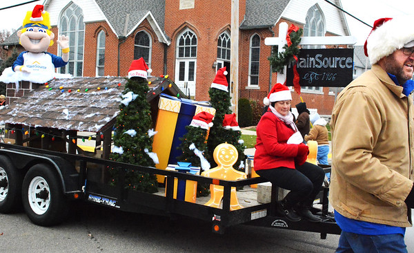 Debbie Blank | The Herald-Tribune<br /> MainSource Bank earned third place honors in the holiday parade.
