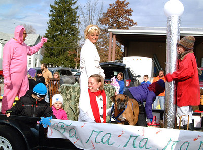 Batesville chamber holiday parade 2014