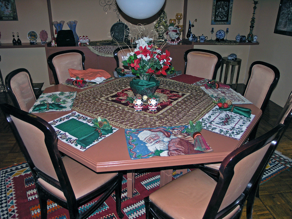 Dec 18.  Louise has her dining table laid out for Christmas also.