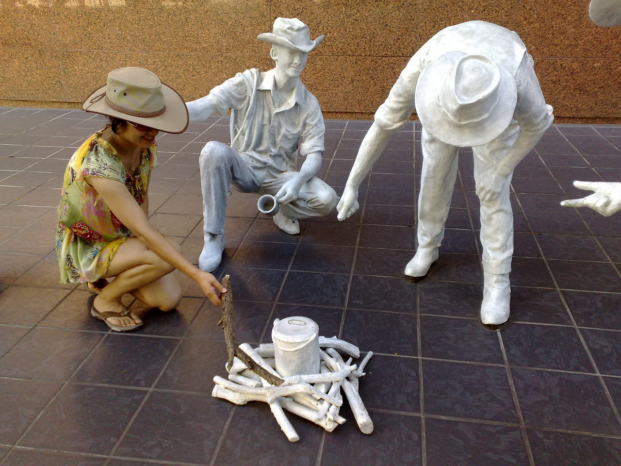 20100214_1718_1204 Sculptures of drovers from an exhibition in Brisbane. Near, I think, the Primary Industry office, not far from George & Sebel Hotel.