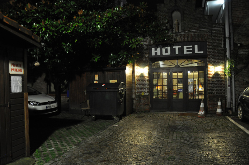 Hotel Karos in Bruges has its own, chargeable, car parking