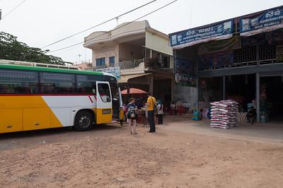 Met de bus naar Battambang
