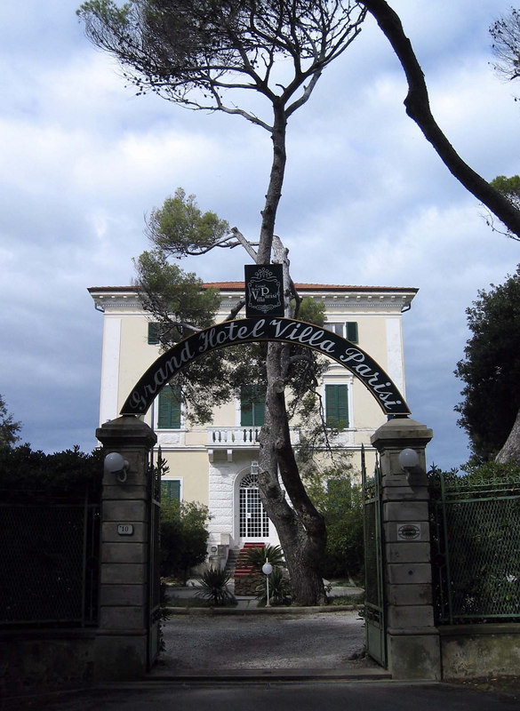 Heerlijk hotel in Castiglioncello: Villa Parisi