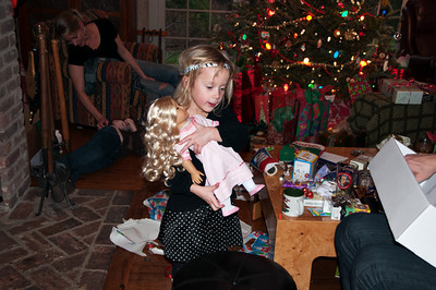 "Thalia with her American Girl, ""Caroline Abbott.""  I think she loved all that hair."