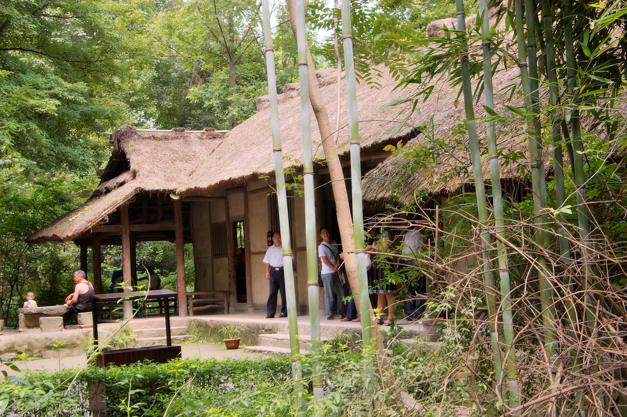 20090829_1217_3099 A recreation of DuFu's cottage.