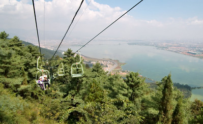 20080922_0013 There are good views of the lake adjoining Kunming (DianChi 滇池) from the chairlift and many other places on the Western Hills.