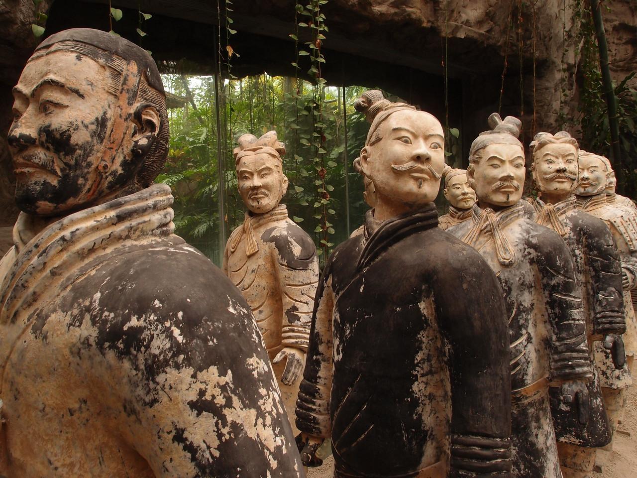 20120513_1444_3425 北京植物园, inside the greenhouse (no, not originals)