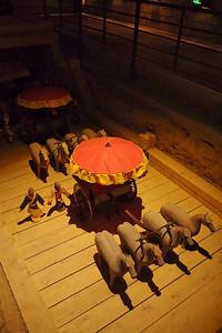 20130504_1422_0337 replicas in a pit at HanYangLing, Xianyang, China
