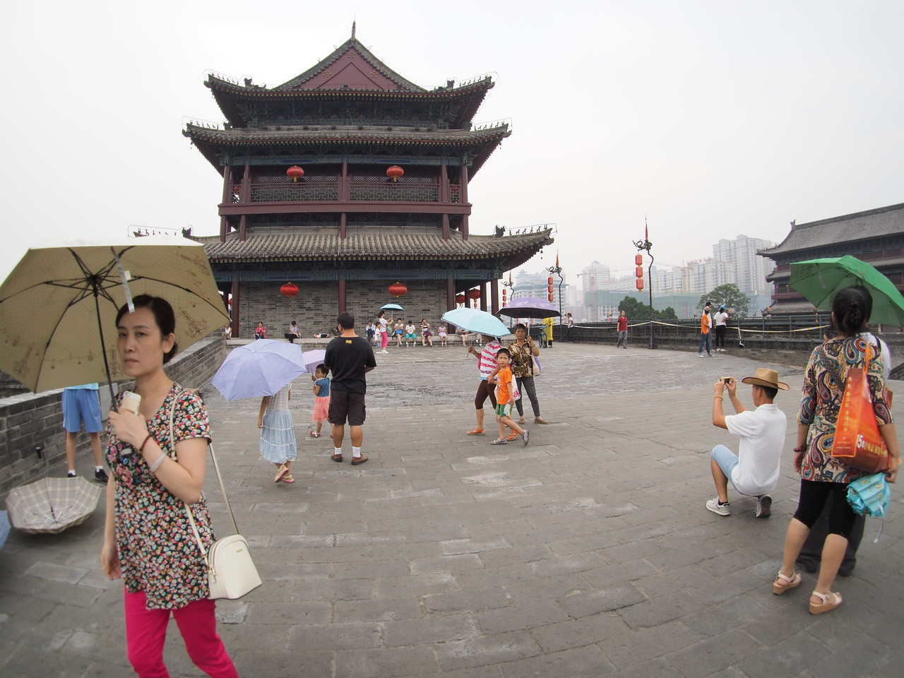20140816_1412_2678 on top of the Xi'an city walls (城墙)