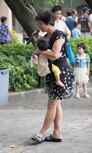 20150809_1049_1367 秀全公园,花都区, 广州. Singer in the park (Guangzhou)
