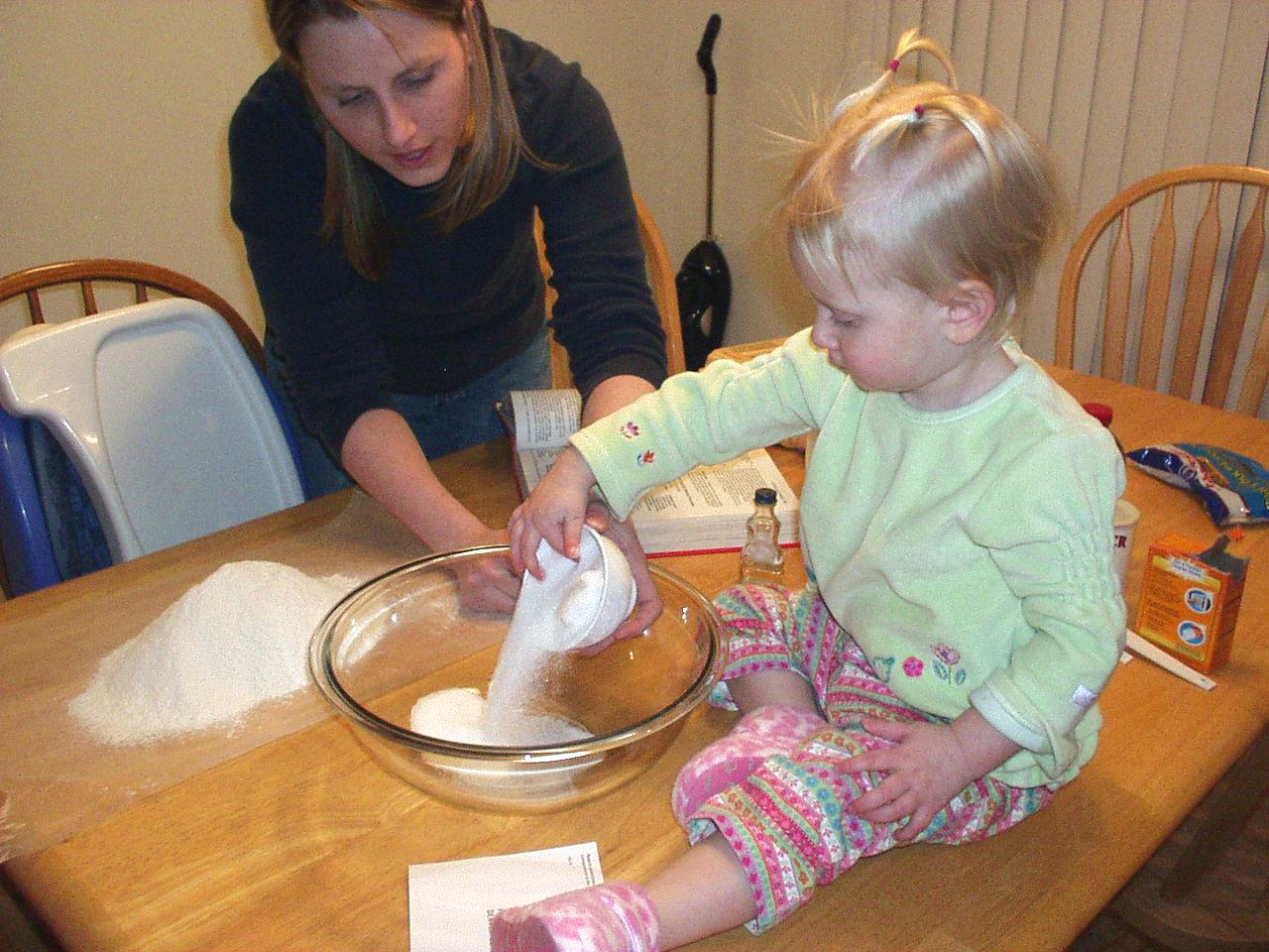 Katelyn makes cookies