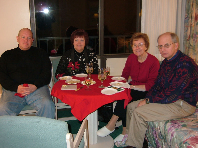 Jim, Janet, Phyllis, J.R. at Pier 4, Somers Point