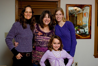 The purple wearing group: Michelle, Mom, Ellie, and Arayana.