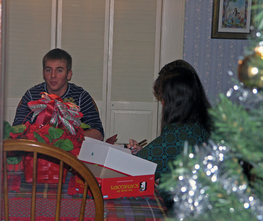 Dec 23.  Can we get through Christmas without board games?  Derek waits for Jo Ann and Louise to figure out a move.