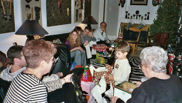 2003-12-25  Xmas wit Da Zebras0010