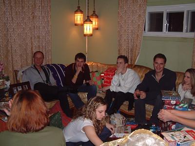 2004-12-25 Izzo's Christmas 00017