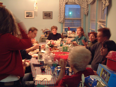 2004-12-25 Izzo's Christmas 00005
