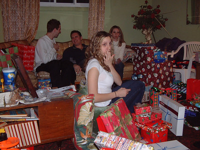 2004-12-25 Izzo's Christmas 00015