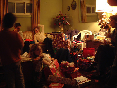 2004-12-25 Izzo's Christmas 00020