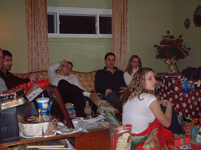 2004-12-25 Izzo's Christmas 00010