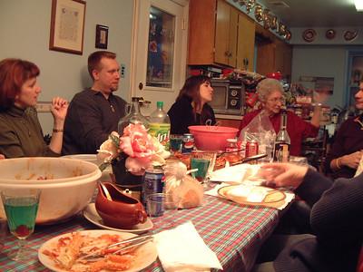2004-12-25 Izzo's Christmas 00008