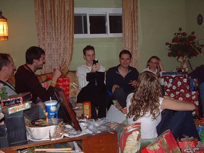 2004-12-25 Izzo's Christmas 00018