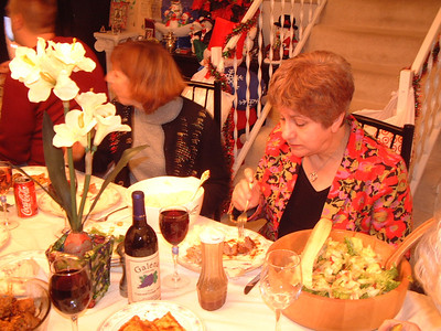 2005-12-25 Christmas at The Thomas Resident 00003