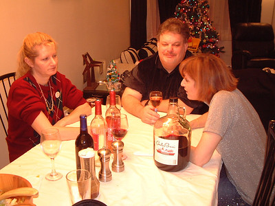 2005-12-25 Christmas at The Thomas Resident 00021