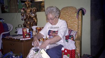 2001-12-25 Christmas 00017