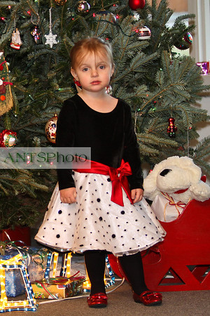 Christmas Photos of Hanna