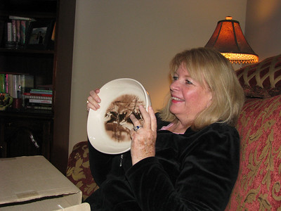 My mom's bear plate, it reminds her of the bear that took a liking to their tree, Fred.