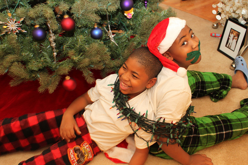 MERRY CHRISTMAS FROM THE SINCLAIR BROTHERS