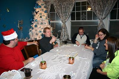 Dominoes on Christmas Eve ( 2014 )