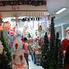 """Shopping Center in Chinatown-Manila.. <a href=""""http://salphotobiz.smugmug.com/Travel/City-of-Manila-Chinatown/26818831_HB2p6c#!i=2246268870&k=rcZZ5tM"""">http://salphotobiz.smugmug.com/Travel/City-of-Manila-Chinatown/26818831_HB2p6c#!i=2246268870&k=rcZZ5tM</a>"""