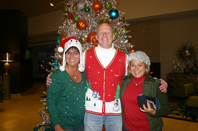 Lori, Tex and Lisa ( 2013 )