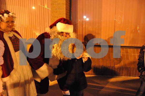 Santa meets Madison Gentile, 7
