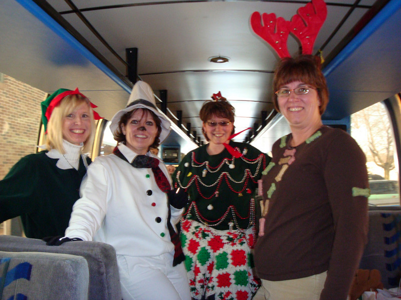 Angie Sink, Dee, Lynann and Lori are all dressed up for shopping.