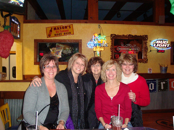 Lori, Kristie, Diane, Angie and Lynann make a stop at Diamond Daves for a pre-dinner cocktail ( 2009 )