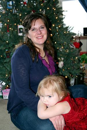 Makenna was resting in Lorinda's lap.
