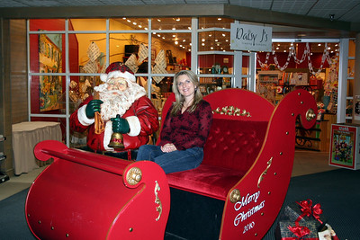 Patrick & I like to go look at the Gingerbread houses at the Coeur d' Alene plaza.  We stoped to get our picture taken with Santa. Yes Santa we were good this year. Dec 2010