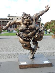 Street Statue 1
