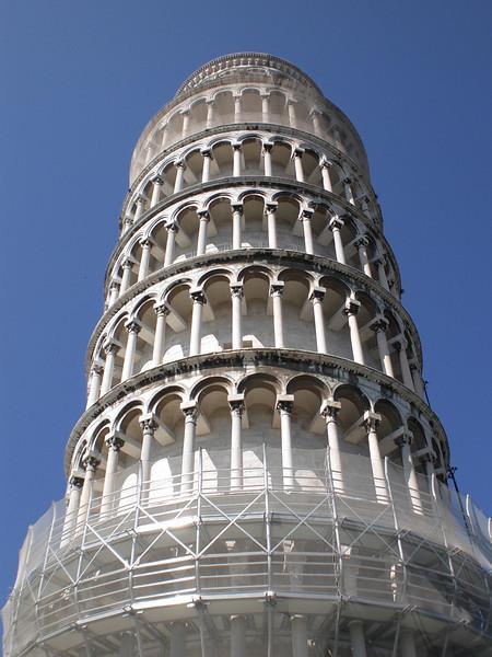 Torre Pendente Close Up