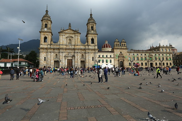 Situated at an altitude of 2,640m Bogota is surrounded by higher mountains.